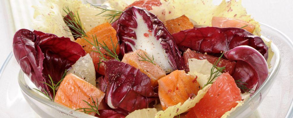 Radicchio ai due pompelmi con salmone Sale&Pepe ricetta