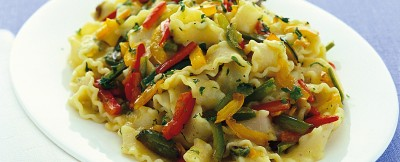 reginette-con-sugo-di-verdure-tricolore
