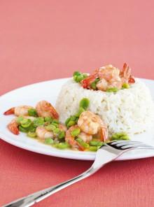L'anello di riso con ragù di gamberi, fave e piselli