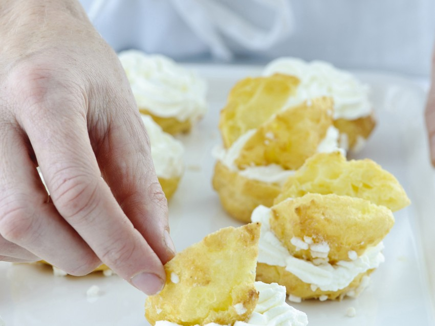 ricetta cigni con crema e panna Sale&Pepe