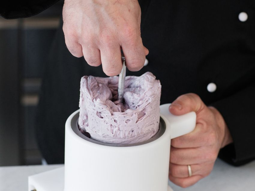 ricetta gelato-di-ricotta-ai-frutti-di-bosco