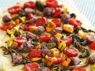 Pizza con salsiccia, friarielli e peperoni Sale&Pepe