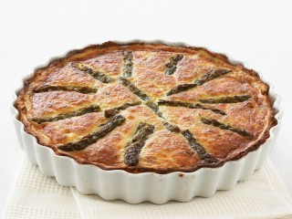 ricetta quiche-di-asparagi-in-crosta-di-patate
