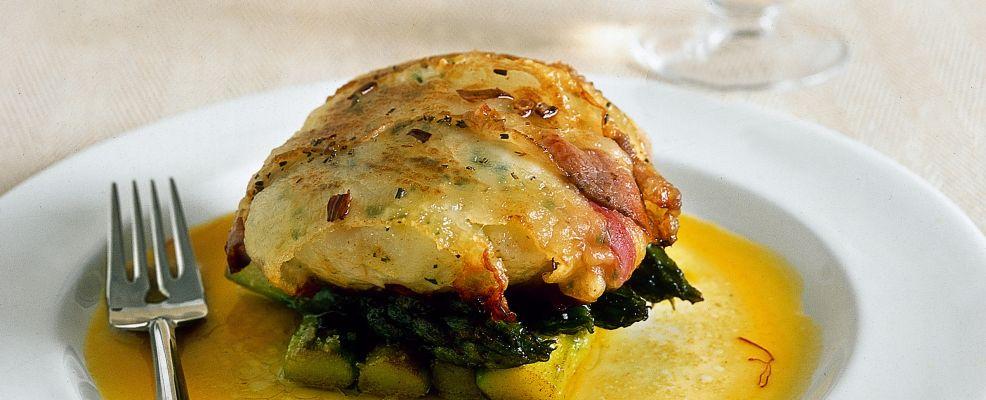 ricetta scaloppe-di-merluzzo-con-asparagi-allo-zafferano