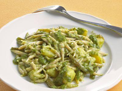 ricetta trofie-con-patate-e-fagiolini-al-pesto