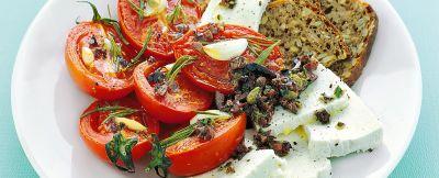 Ricotta e perini grigliati con salsa alle olive
