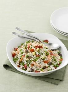 Il riso con verdure e gamberi