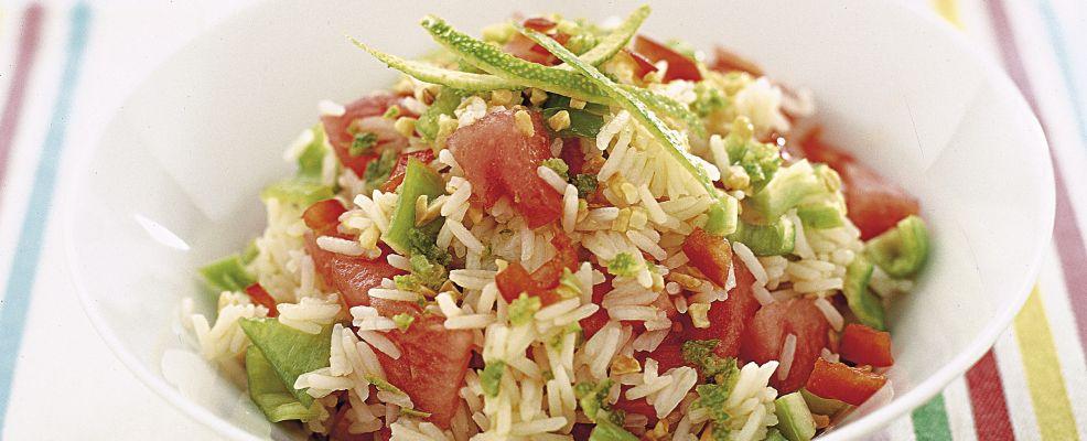 riso-orientale-con-granella-di-mandorle