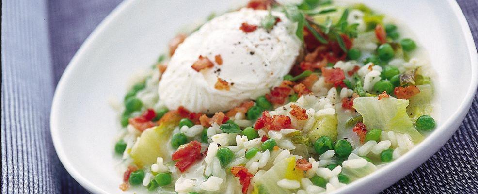 risotto-ai-piselli-e-lattuga-con-uovo-in-camicia
