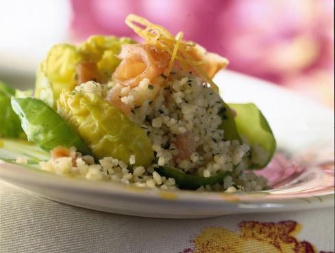rose-di-cavolini-con-cuscus-e-salmone ricetta