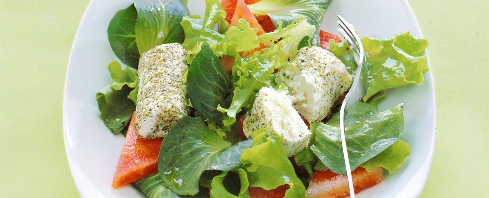 rotolini di caprino al pepe verde con anguria e insalatine Sale&Pepe ricetta