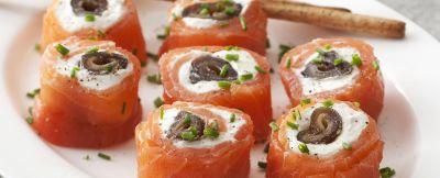 rotolini di salmone e datteri ricetta