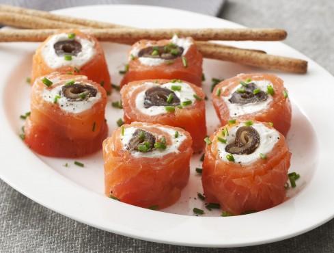 rotolini di salmone e datteri Sale&Pepe ricetta