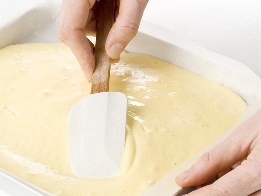 rotolo-con-crema-e-fragole foto