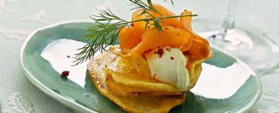 salmone-su-chips-dorate