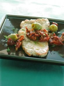 Scaloppine con pomodori e olive