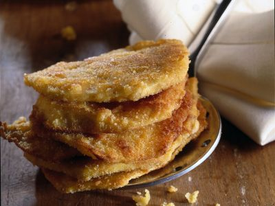 sedano-rapa-dorato-con-insalata-alle-noci ricetta