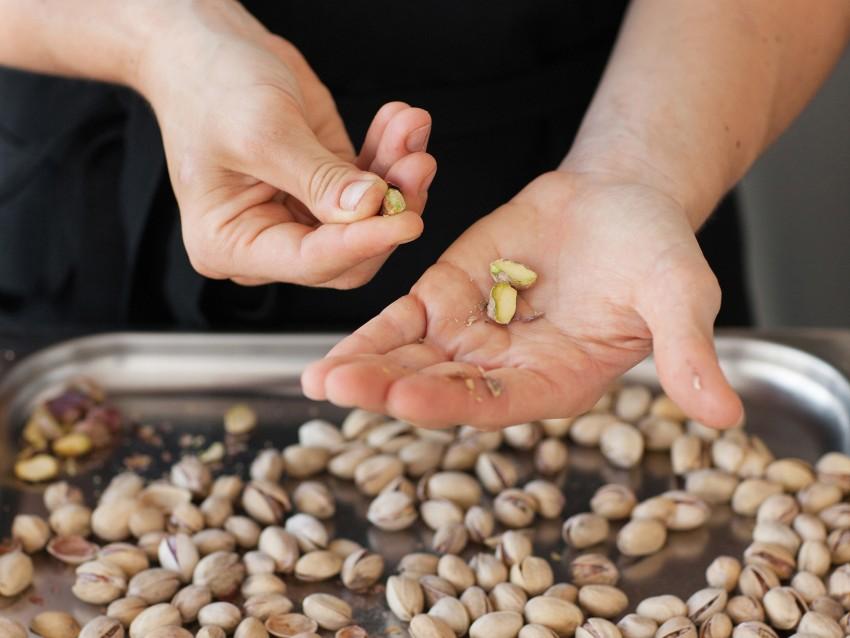 semifreddo-di-melanzane-e-pistacchi immagine