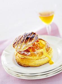 Sfogliata con zabaione e arance caramellate