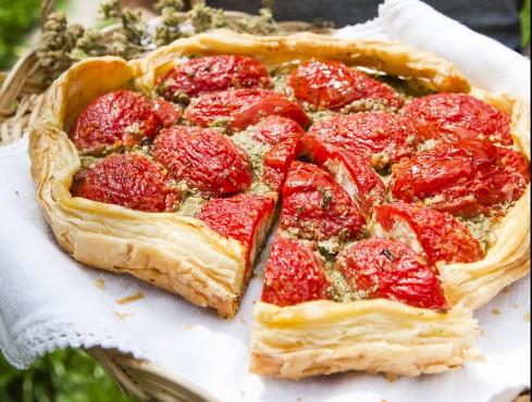 sfogliata-di-pomodori-ripieni