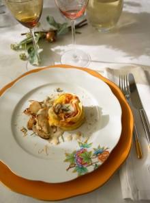 Sformatini di pasta e crema di formaggio con funghi e topinambur