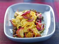 spaghetti-con-agnello-e-cipolle-di-tropea