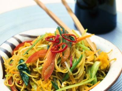 spaghetti di riso piccanti ricetta