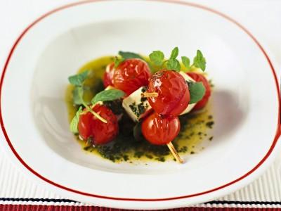 spiedini-di-pomodoro-e-ricotta-salata