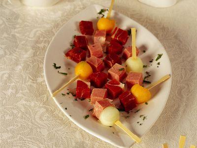 Stecchi di prosciutto e melone ricetta