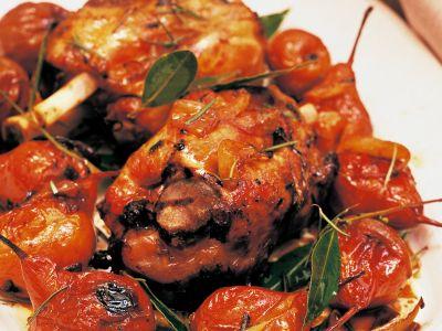 stinco-al-forno-con-pere-martine foto