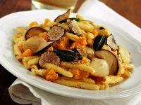 strozzapreti-con-porcini-zucca-e-tartufo ricetta Sale&Pepe