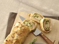Strudel con prosciutto, mozzarella e mandorle Sale&Pepe