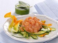 tartare-di-salmone-con-carpaccio-di-zucchine