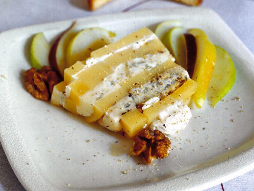 terrina di formaggi con pere, mele e noci Sale&Pepe ricetta