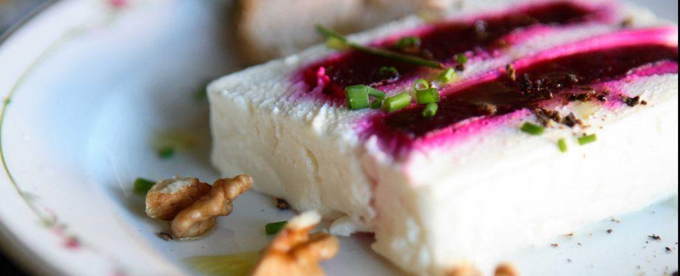 terrina-di-formaggio-di-capra-e-barbabietola ricetta Sale&Pepe