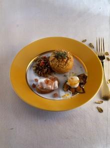 Timballini di farro con ragù di lenticchie