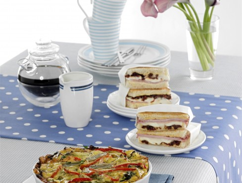 toast-ai-pomodorini-secchi ricetta