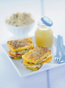 Toast dolci con amaretti e albicocche