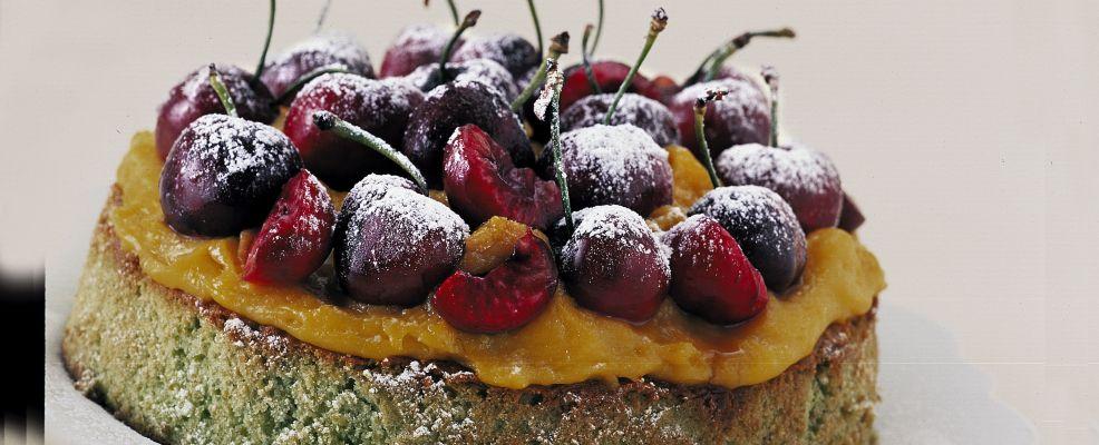 torta-al-pistacchio-con-ciliegie preparazione