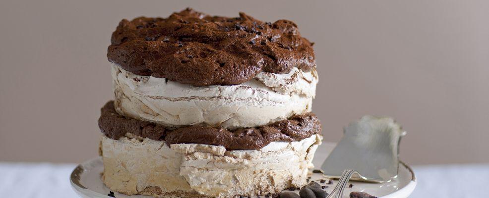 torta-alla-cannella-con-mousse-di-cioccolato-extrabitter