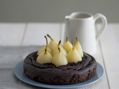 torta-di-cioccolato-e-perine-alla-cannella