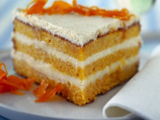 torta-soffice-di-carote-con-le-mandorle ricetta