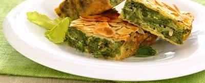 torta verde con mandorle croccanti