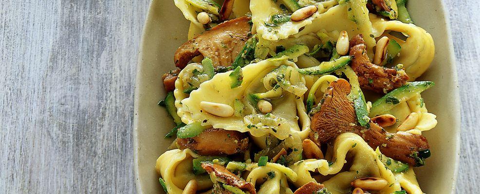 tortelli-di-magro-al-sugo-aromatico