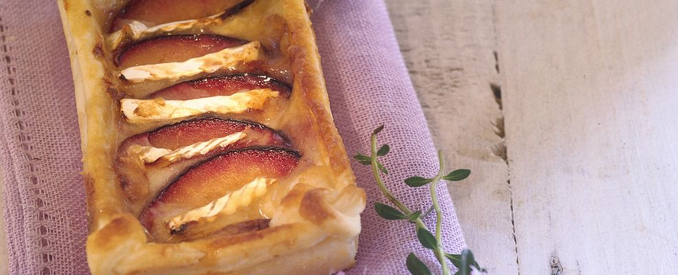 tortino con prugne e brie al miele di acacia Sale&Pepe ricetta