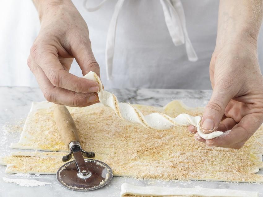 treccine al formaggio Sale&Pepe step