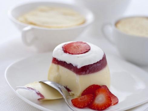 trifle-capovolto-con-le-fragole