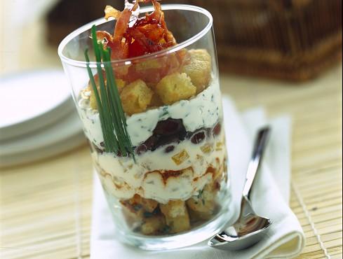 trifle-salato-con-olive-e-prosciutto