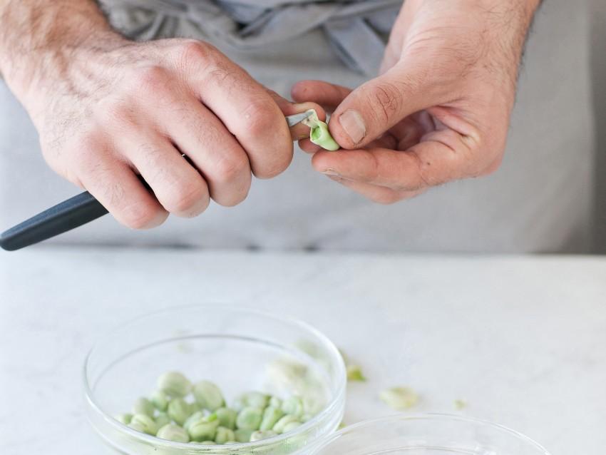 trittico-di-pesci-azzurri-su-crema-di-fave ricetta