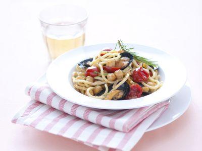 troccoli-con-cozze-ceci-e-pomodorini